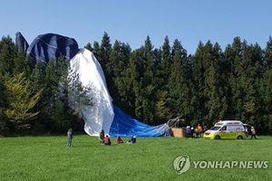 Hàn Quốc: Rơi khinh khí cầu, nhiều người thương vong