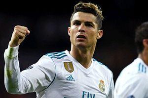 Ronaldo lập thêm 3 kỷ lục sau bàn thắng vào lưới Juventus
