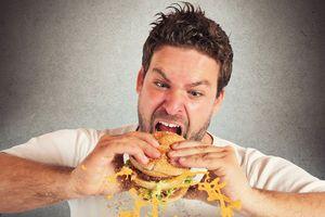 Chớ ăn quá nhanh mà 'rước' bệnh vào người!