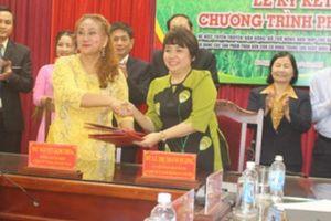 Hội Nông dân và Con Cò Vàng hợp tác giúp ND mua phân bón chất lượng