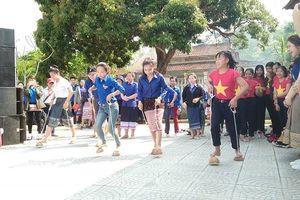 Tổ chức mừng Tết BunPiMay cho sinh viên Lào