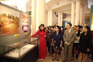 Sáng tỏ truyền thuyết Việt từ 300 báu vật khảo cổ học