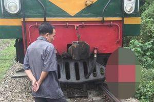 Yên Bái: Băng qua đường sắt, cụ bà người Mông bị tàu đâm tử vong