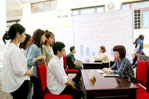 Hoạt động hướng nghiệp hiệu quả cho sinh viên