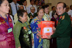 Bộ Quốc phòng gặp mặt đoàn đại biểu người có công tỉnh Khánh Hòa