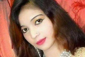 Nữ ca sĩ Pakistan bị bắn chết vì ngồi hát