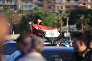 Phóng viên Ngọc Thạch từ Syria: Dân Syria đổ ra phố ăn mừng bắn hạ tên lửa Mỹ