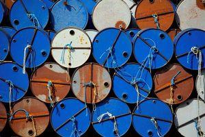 Giá dầu có thể lên 100 USD/thùng do căng thẳng ở Syria