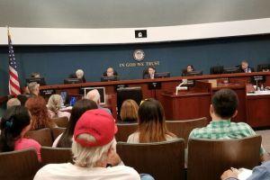 Hoa Kỳ: Xung quanh vụ kiện vì Đạo Luật SB 54 về di dân Việt Nam