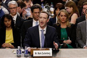 Những khoảnh khắc hài hước trong phiên điều trần của ông chủ Facebook