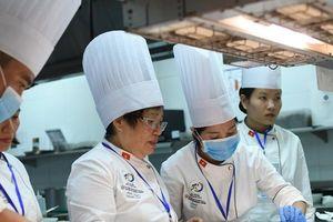 Tiết lộ về người phụ nữ nấu Quốc yến phục vụ nguyên thủ 21 quốc gia tại APEC
