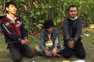 Bắt 3 đối tượng người Lào vận chuyển 24.000 viên ma túy