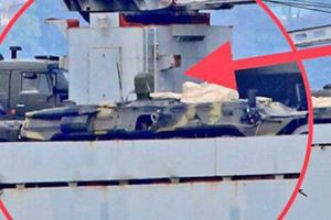 Tàu Nga chở vũ khí tới Syria sau trận không kích của liên quân