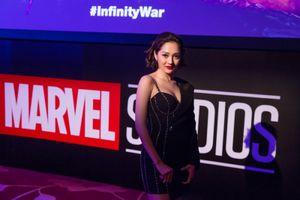 Bảo Anh rạng rỡ ra mắt phim Avengers tại Singapore