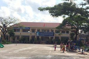 Vụ cô giáo bị ép quỳ: Chuyển công tác nguyên hiệu trưởng Trường TH Bình Chánh