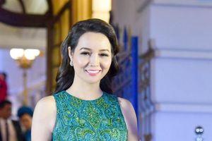 Tất bật chạy sô, diễn viên Mai Thu Huyền vẫn đẹp lộng lẫy tại Cánh diều vàng