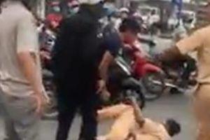 Tạm giữ nhóm côn đồ dùng dao tấn công Cảnh sát giao thông