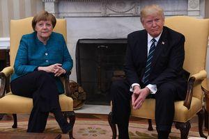 Bà Merkel nên chơi golf với ông Trump để thúc đẩy quan hệ