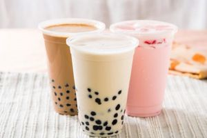 Trẻ nhập viện nghi ngộ độc trà sữa, BS Bạch Mai nói gì?
