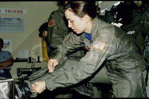 Nữ phi công có 'thần kinh thép' cứu 148 người trên máy bay nổ động cơ