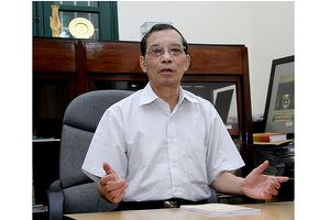 Vì quá tuổi, nhà thơ Bằng Việt xin rút khỏi Ban chấp hành Hội LHVHNT Hà Nội khóa XII
