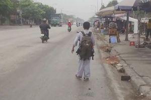 Chàng trai khuyết tật đi bộ 2.000 km để đăng ký hiến tạng