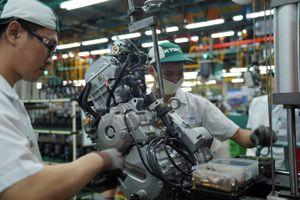 Bên trong nhà máy sản xuất AK550 của Kymco
