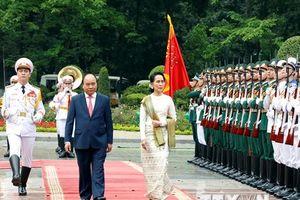 Lễ đón Cố vấn Nhà nước Myanmar thăm chính thức Việt Nam