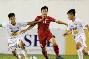 Thua thảm U19 Mexico, tiền vệ của U19 Việt Nam nhập viện gấp