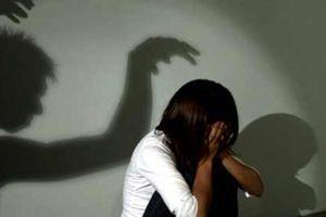 Báo Tuổi Trẻ tạm đình chỉ nhà báo Anh Thoa xác minh nghi vấn xâm hại tình dục
