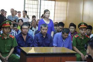 Phó Phòng CSGT bị tố nhận 300 triệu đồng vụ bán logo xe 'vua'