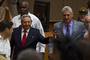 Ông Miguel Diaz-Canel Bermudez được bầu làm Chủ tịch Hội đồng Nhà nước Cuba