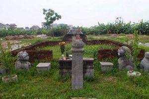 Bí ẩn lăng mộ đá cổ khổng lồ chơ vơ giữa cánh đồng Hà Nội