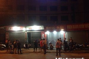 Hà Nội: Nghi án cướp cửa hàng vàng bạc đá quý trong đêm