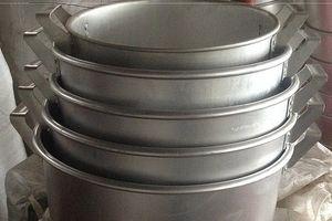 Bạn đã chọn dụng cụ nấu ăn đúng cách để tránh các chất độc đáng sợ?