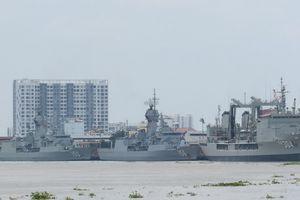 Tàu hải quân Úc bị Trung Quốc ngang nhiên thách thức trên đường thăm Việt Nam