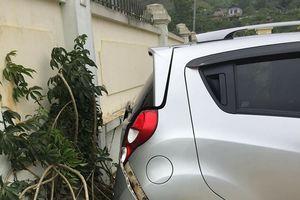 Sơn La: Thầy giáo lùi xe ô tô ở sân trường, đâm chết 1 học sinh