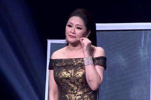 Quang Lê thần tượng Như Quỳnh, ví đàn chị là 'Hoa hậu Bolero'