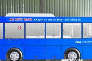Khánh thành xe buýt sách 'Chuyến xe chở tri thức-Chở tương lai'