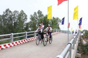 Cầu nông thôn kết nối giao thông huyện biên giới của Long An