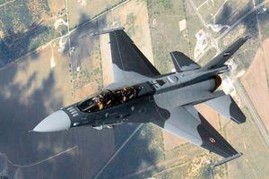 Không quân Iraq vượt biên giới tấn công IS ở Syria
