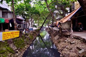 Ô nhiễm nghiêm trọng từ sông Cầu Đá