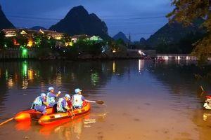 Lật thuyền rồng ở Trung Quốc, 17 người thiệt mạng