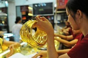 'Giằng co' nhận định giá vàng tăng hay giảm trong tuần tới?