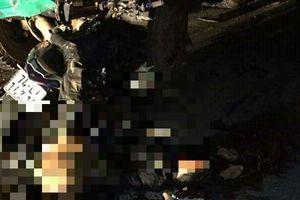 Nóng: Đâm vào ô tô dừng bên đường, 4 học sinh tử vong ở Quảng Trị