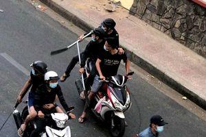 Gần 30 thanh niên dùng hung khí hỗn chiến ở Sài Gòn