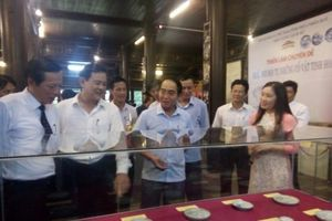 Hiến tặng hơn 260 cổ vật cho Bảo tàng Lịch sử Thừa Thiên – Huế