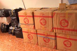 An Giang: Bắt vụ vận chuyển 8.000 bao thuốc lá ngoại nhập lậu