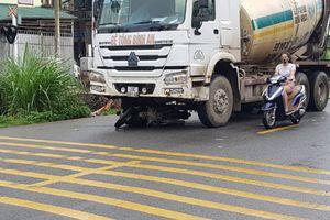 Hà Nội: Xe bồn chèn xe máy, hai người đàn ông tử vong tại chỗ
