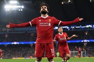 Mohamed Salah tỏa sáng, Liverpool hạ gục AS Roma trong trận cầu mưa bàn thắng
